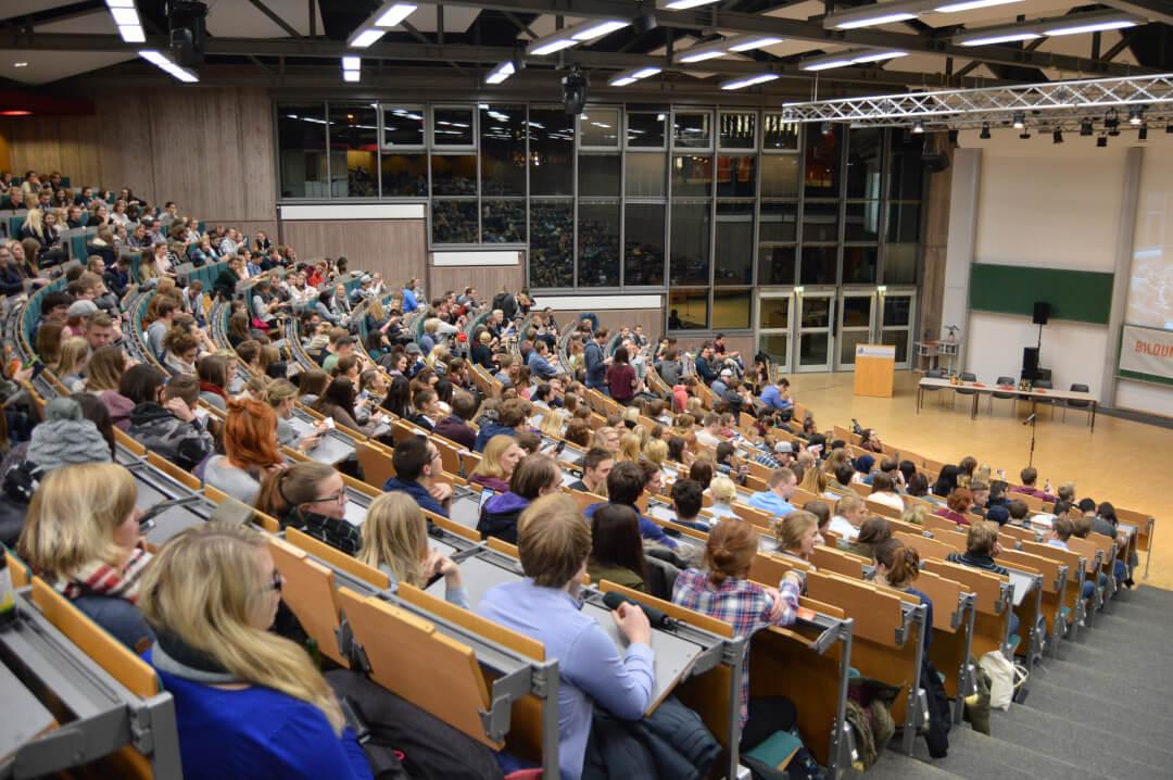Poetry-Slam_Paderborn-Publikum